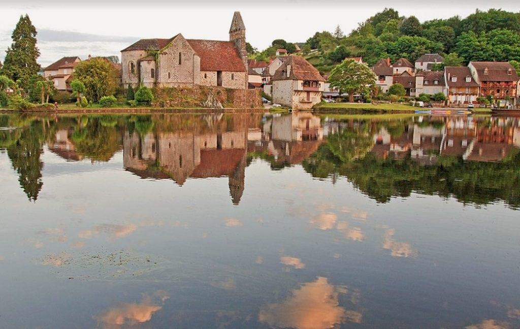 De rivier van Dordogne Frankrijk