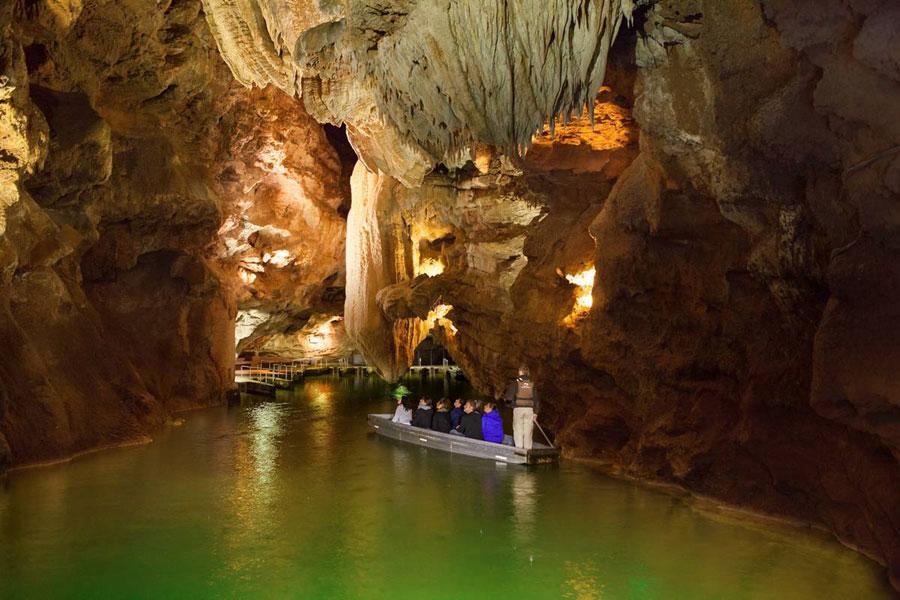 Padirac-Höhlen und Gondelfahrt